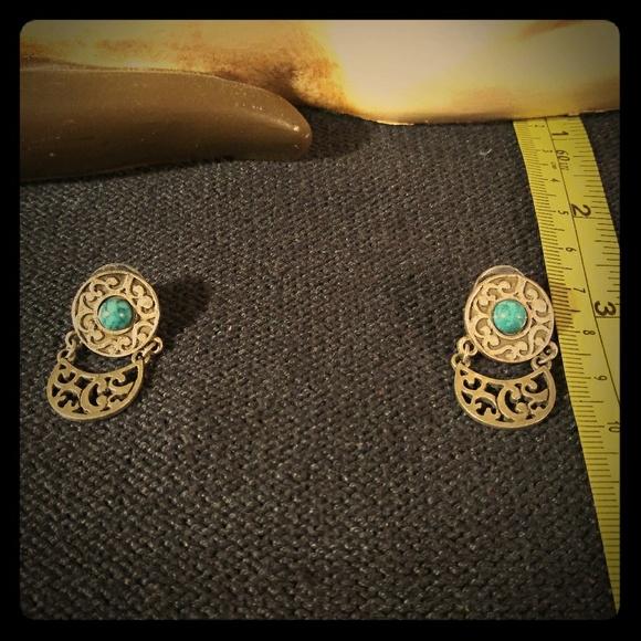 Jewelry - Woman earrings